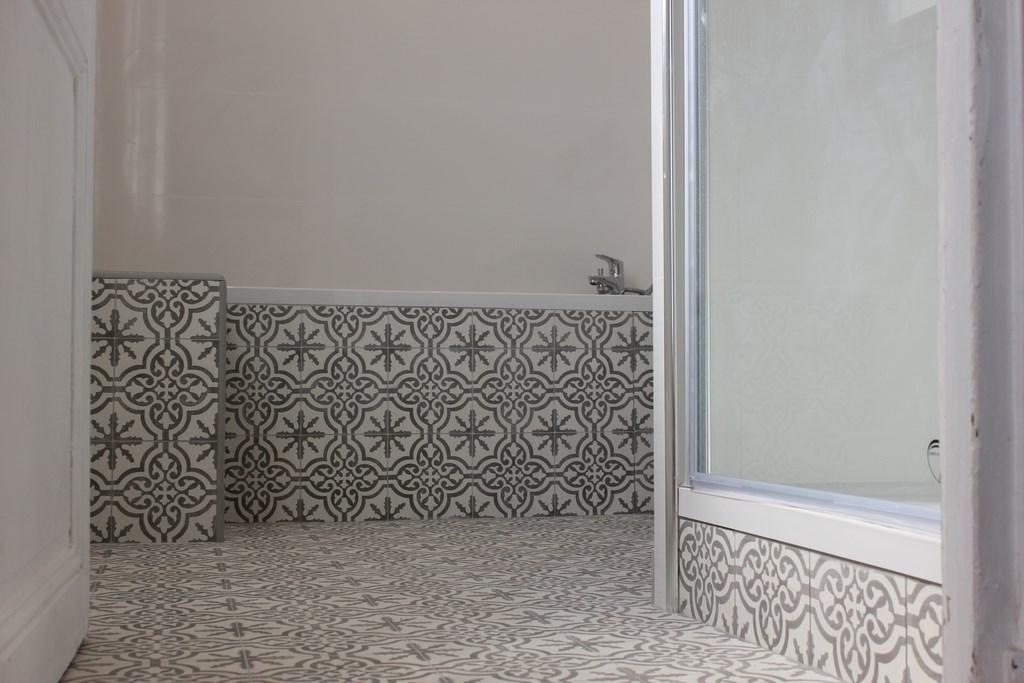 sdb bois colombes 2 8. Black Bedroom Furniture Sets. Home Design Ideas